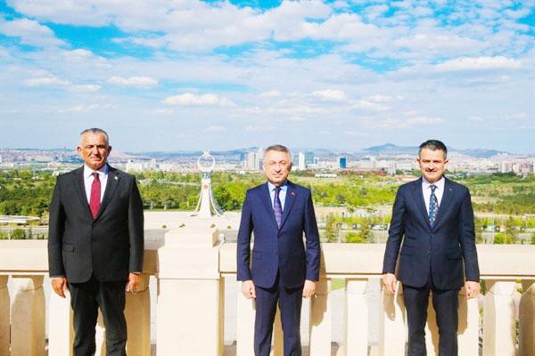 Çavuşoğlu, Türkiye temaslarını sürdürüyor