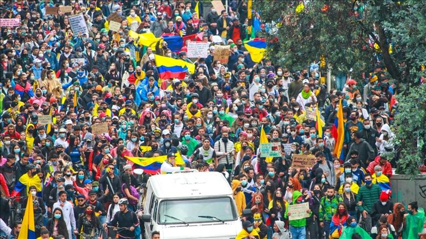 Kolombiya'da hükümet anlaşmaya hazır