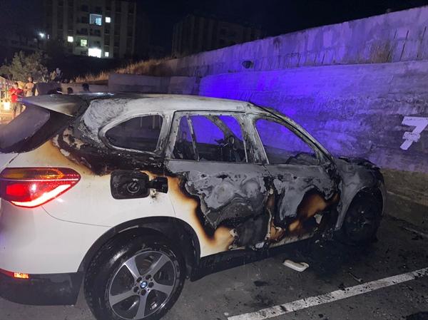 Boğaz'da araç ateşe verildi