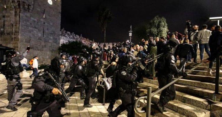İsrail'de müdahale: 12 yaralı
