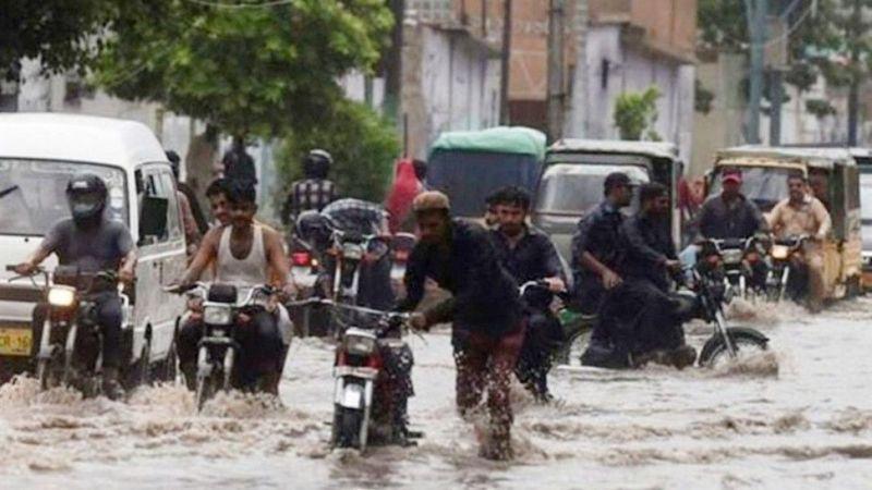 Pakistan'da ölü sayısı 7'ye yükseldi